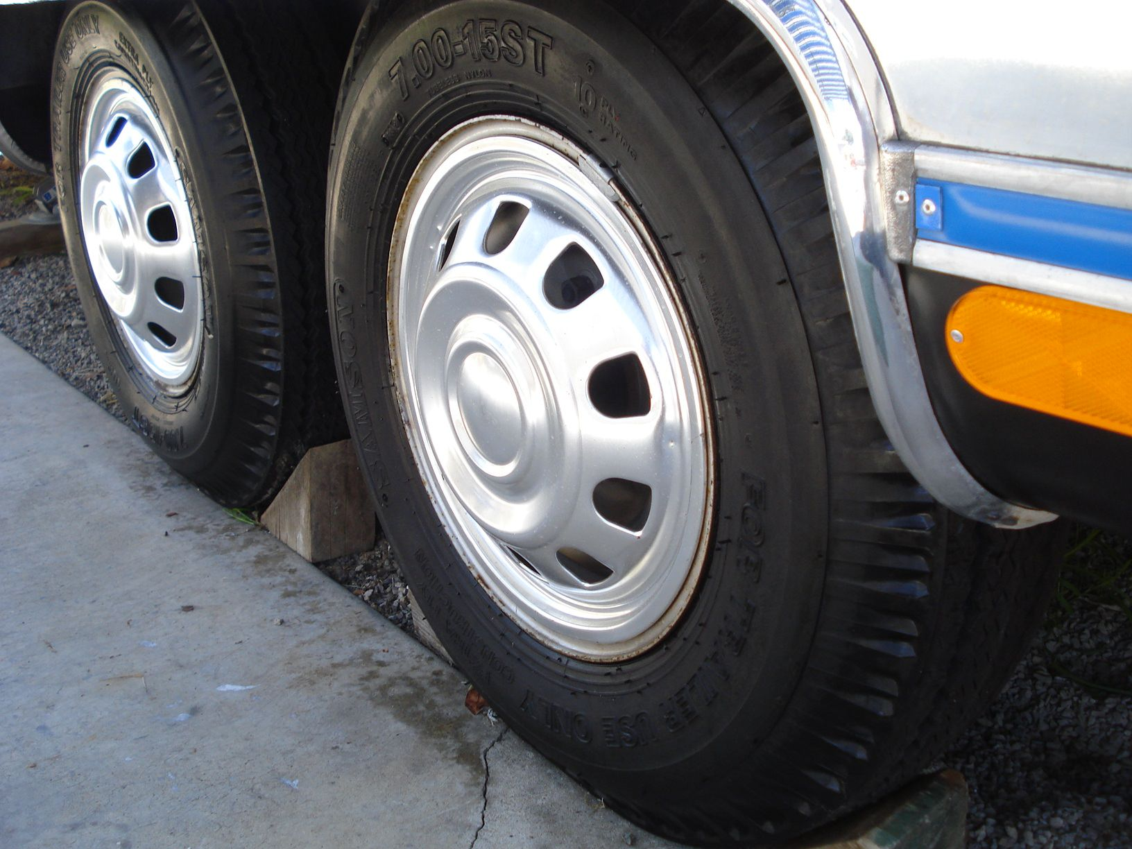 best-travel-trailer-tires