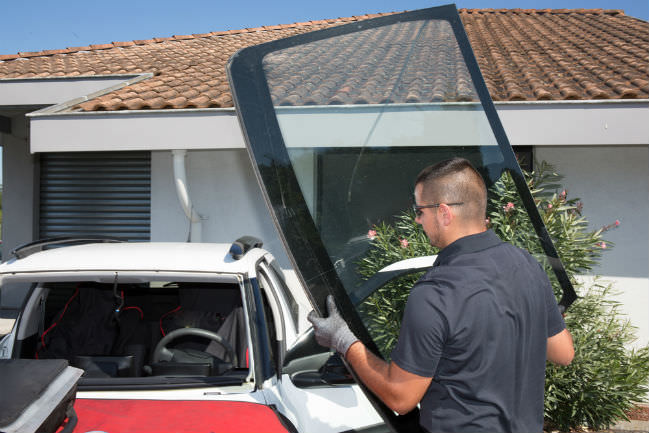 Removal Of The Old Windshield